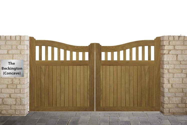 Beckington Concave Driveway gate