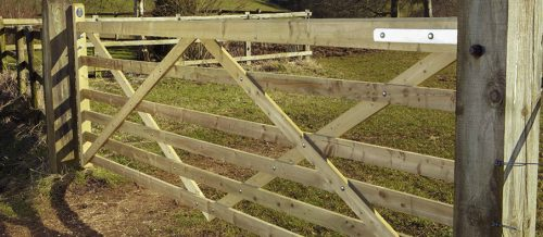 Somefield 6 Bar Gate