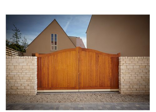Pai of sliding automated Swept Top Manor Gates