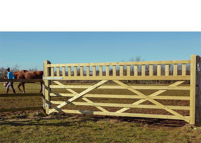 Equestrian gate in situ.