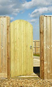 Priory side gate