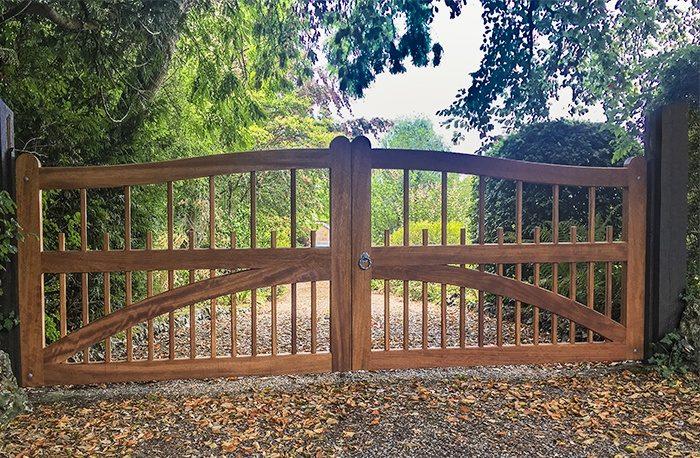 Charltons Farleigh driveway gates