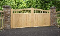 Beckington (Softwood) Driveway gate