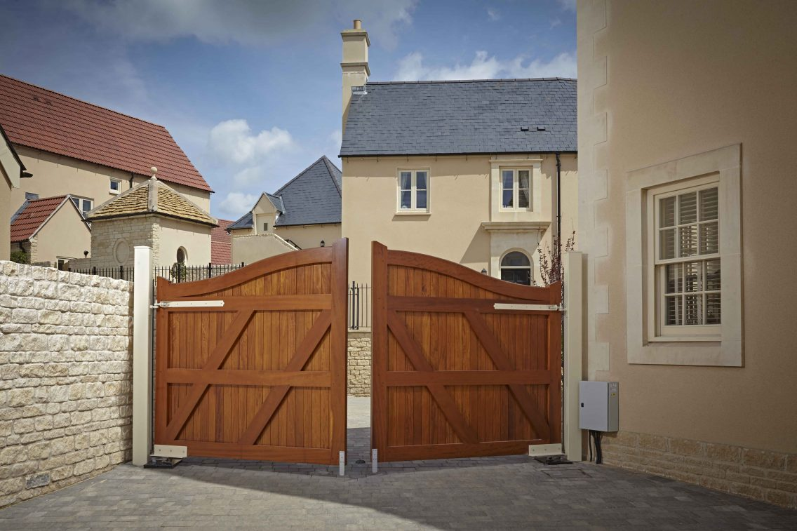 Should Driveway Gates open in or out?