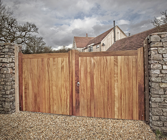 Caring for your Wooden Gates in Winter